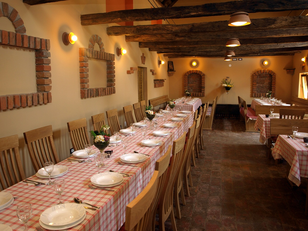 Slavonska kuća restaurant-popular Croatia restaurant