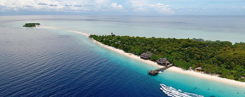 Pom Pom island travel guide 03