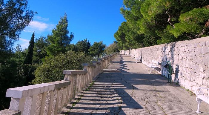 Visit Marjan Hill